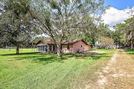 3 Bedroom Homes For Rent In Ocala Fl Homes For Sale In Ocala Fl Ocala Realty World
