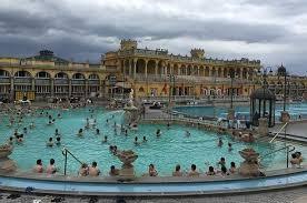 bagno termale e piscina széchenyi bagni termali szechenyi info budapest