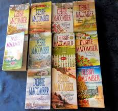 lot of 11 debbie macomber books from the cedar cove series