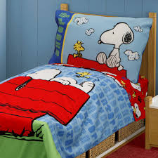 Snoopy Bed Set 4pc Snoopy Toddler Bedding Set Peanuts Comforter And Sheets