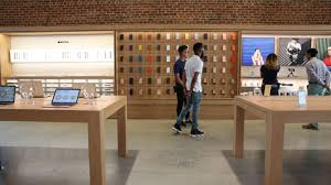 paris apple store apple moves into downtown brooklyn this december cnet