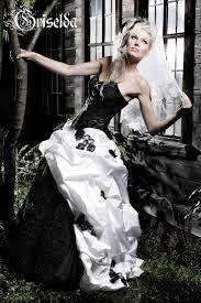 brautkleid in schwarz außergewöhnliche brautmode feist style s