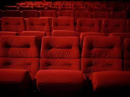 siege de cinema un homme meurt accidentellement à cause d un siège de cinéma