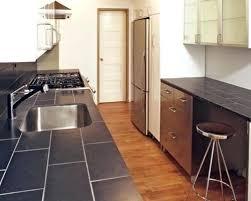 cuisine en carrelage carrelage plan de travail cuisine plan travail faience cuisine