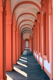 desain warna gapura gambar arsitektur berjalan lengkungan kolom merah aula warna