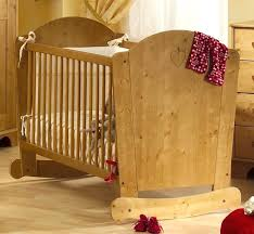 chambre bebe en bois chambre bebe bois massif alfred et compagnie a voir tous les