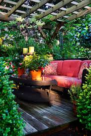images of beautiful gardens 12 beautiful home gardens that totally outshine our window box