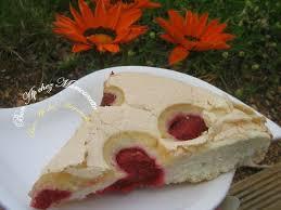 que cuisiner avec des blancs d oeufs gâteau aux blancs d œufs et fraises du jardin bon ap chez mamounette