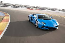 2018 lamborghini aventador s front three quarter in motion 02