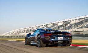 porsche racing wallpaper wallpaper wednesday porsche 918 spyder