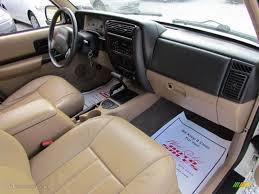 jeep cherokee xj dashboard 1999 jeep cherokee classic 4x4 camel dashboard photo 61030225