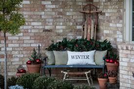 29 Cozy And Inviting Winter Porch Décor Ideas Gardenoholic