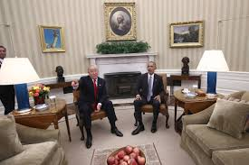 oval office decor trump or obama who decorated the oval office better