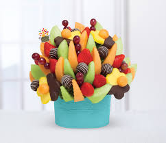 fruit arrangment edible arrangements creates exclusive fruit arrangement for taste