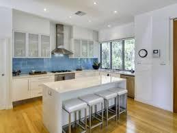 küche spritzschutz folie die besten 25 küchenrückwand plexiglas ideen auf