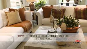 Small Living Room Furniture Arrangement How To Efficiently Arrange The Furniture In A Small Living Room