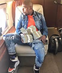 mayweather house and cars inside the luxurious life of floyd mayweather on social media
