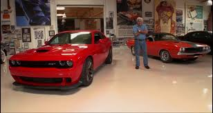 hellcat challenger 2015 jay leno drives the 2015 dodge challenger srt hellcat and he loves