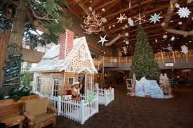 life size gingerbread house christmas gingerbread houses