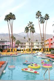 best 25 palm springs fashion ideas on pinterest palm springs