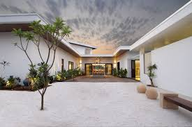 Classical House Design This Courtyard House Has A Semi Classical Approach In Interior