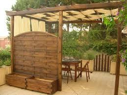 tettoie e pergolati in legno gallery of pergolato fai da te pergole e tettoie da giardino