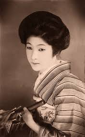 women u0027s beauty captured 100 years ago in vintage postcards from