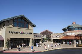 about woodburn premium outlets a shopping center in woodburn