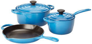 the fabulous le creuset signature 5 piece cast iron cookware sets