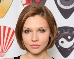 framed face hairstyles 26 fashionable graduated bob haircut