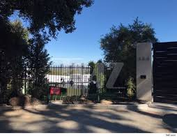 beyonce and jay z in escrow for mega bel air mansion real estate
