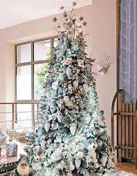 Black White Christmas Decorations For Trees by Black And White Christmas Tree Decorating Ideas