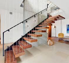 treppen holzstufen moderne treppe design holz stufen stahlseilen harfentreppe