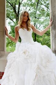 wedding dress shops in cleveland ohio lucio vanni bridal and couture designer wedding dresses cleveland