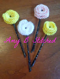Tiny Flower Crochet Pattern - a stitch at a time for amy b stitched a flower for your hair