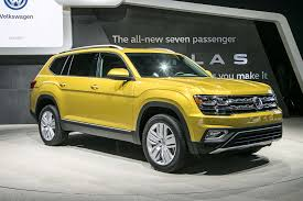 yellow jeep interior 2018 volkswagen atlas first look cuv debuts with u0027massive