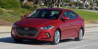 hyundai elantra 2018 hyundai elantra vehicles on display chicago auto show