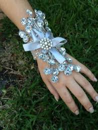 Where To Buy Corsages For Prom How To Make A Corsage By Epic Stems Floral Design Put An U0027epic