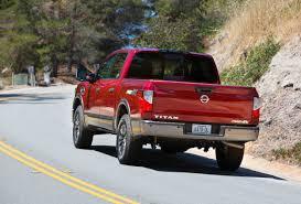 nissan titan pro 4x 2015 2017 nissan titan pro 4x v 8 4x4 crew cab u2022 carfanatics blog