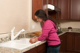 4 easy and non toxic methods to keep your kitchen sink clean and