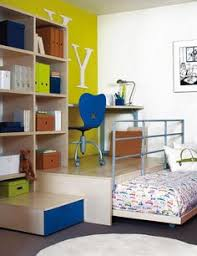 Hide Away Beds For Small Spaces Guest Room Idea Take This One Step Further Make The Trundle