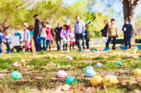 easter hunt eggs the easter egg hunt is on at college cuses across the country