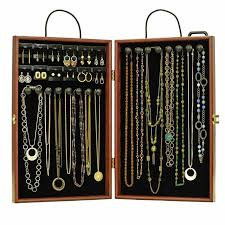 necklace display case images Traveling necklace display case lightweight case that comes with jpg