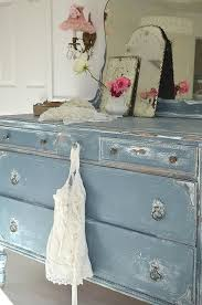 Shabby Chic Dressers by Best 20 Shabby Chic Cabinet Ideas On Pinterest Shabby Chic
