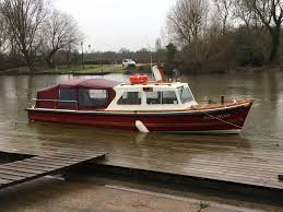 river thames boat brokers isla rose a former police launch henley sales charter