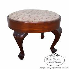 vintage 1920s walnut queen anne style oval ottoman foot stool