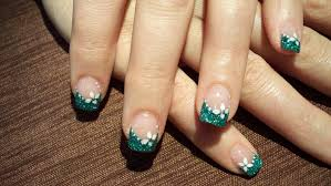 green brocade nails with beautiful white flowers