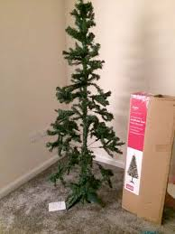 argos tree looks nothing like picture on the box says