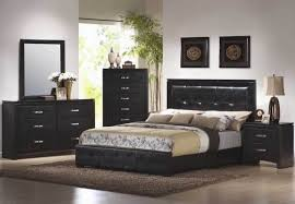 paint colors for master bedroom with dark furniture