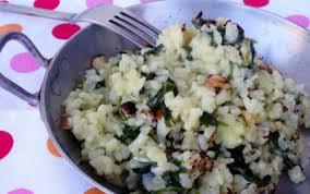cuisiner les fanes de radis recette risotto aux fanes de radis et aux noisettes 750g